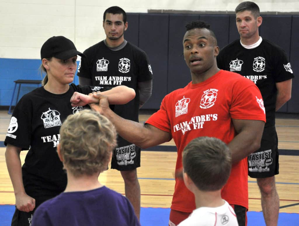 kids doing krav maga