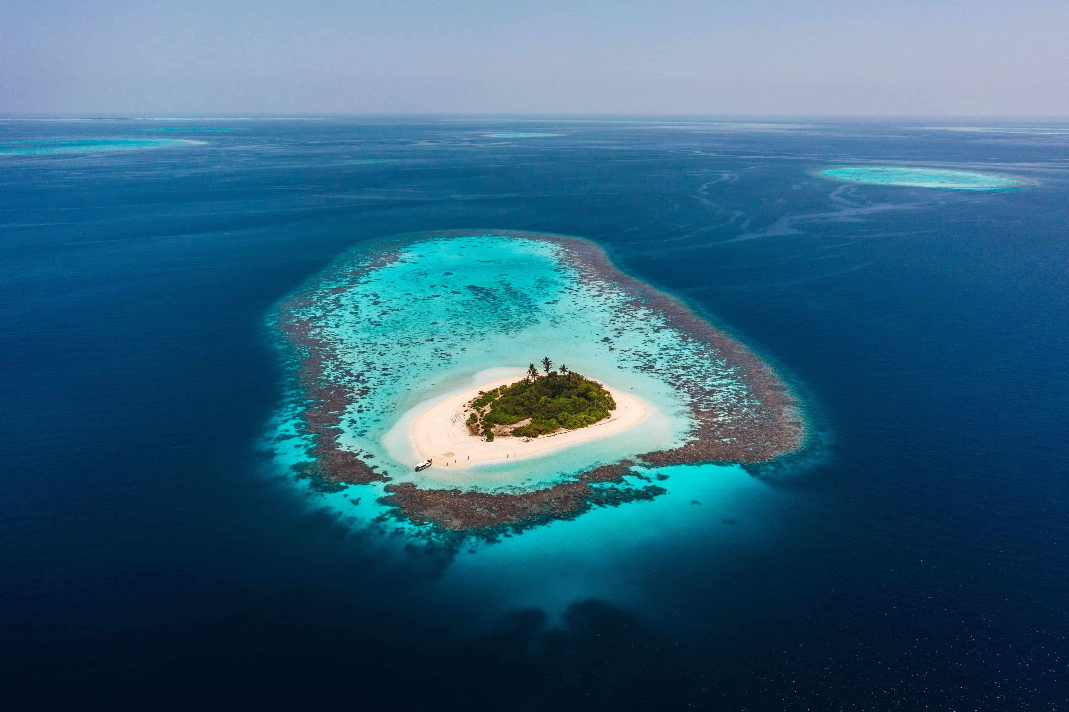a picture of a deserted island